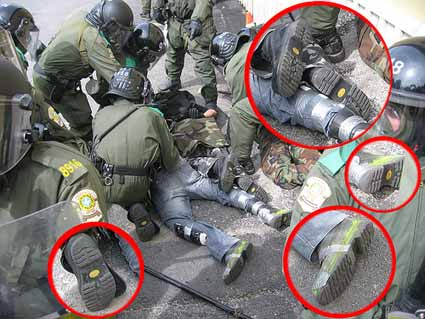 Undercover policemen wear same boots