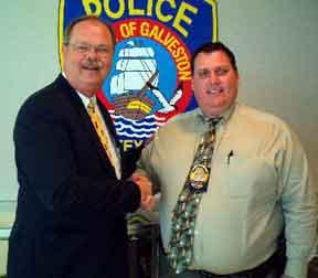 Galveston Texas fat cop