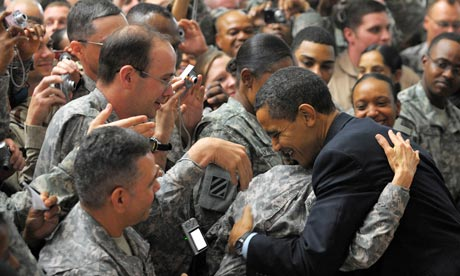 barack-obama-greets-troop-001.jpg